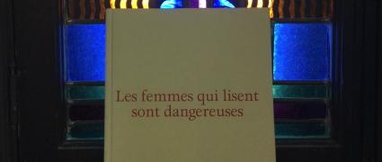 Les femmes qui lisent sont dangereuses (2006)